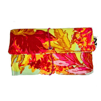 Orange floral Tobacco pouch, a Vintage style print fabric, Light weight cotton pouch, gift for women, gift for smokers, fabric tobacco pouch