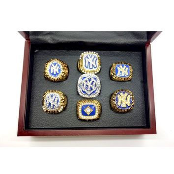 1977 1986 1996 1998 1999 2000 2009 7pcs NY Yankees Baseball Rings Set
