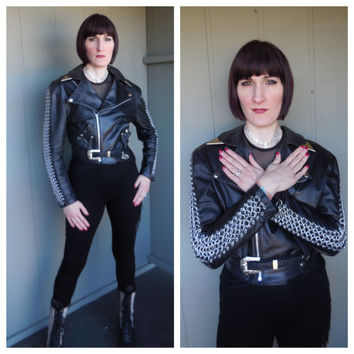 BAD GAL Vintage 80s Black Leather Motorcycle Cropped Jacket w/ Chain Link Panel Detail - size Medium Large