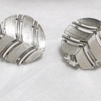 Lisner, Art Deco, Geometric Style Silver Tone Earrings, Extra Good Condition, Designer Signed