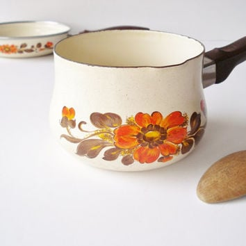 Vintage Italian Cookware, 1970s Floral Cookware, Autumn Decor Skillet and Saucepan, Moneta Cookware, Vintage Retro Kitchen, Orange Yellow