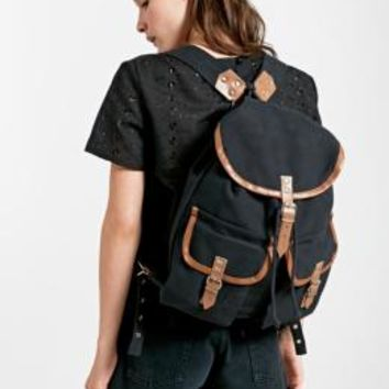 Urban Renewal Vintage Surplus Military Backpack in Black - Urban Outfitters