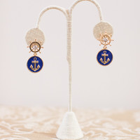 Cool Breeze Anchor Earring