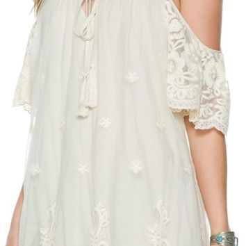 ARK & CO LACE COLD SHOULDER DRESS