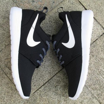 """NIKE"" Trending Fashion Casual Sports Shoes Black(front small white hook)"