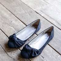 Bee Knotted Bow Flat, Black