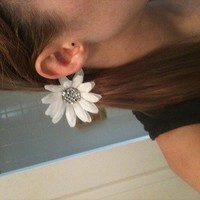White Diamond Daisy Hair Band from Diamond Life Boutique