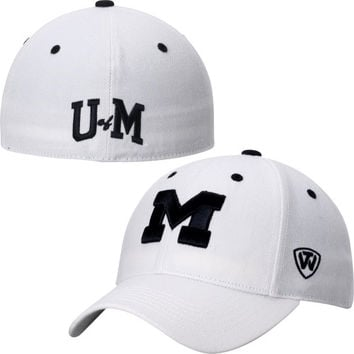 Michigan Wolverines Top of the World Dynasty Memory Fit Fitted Hat – White