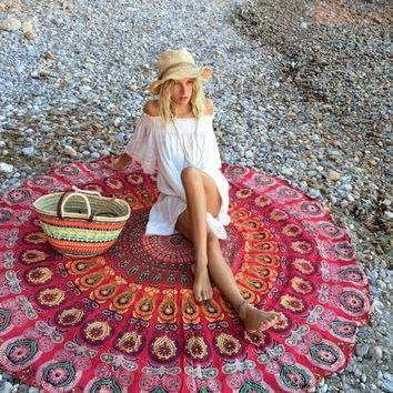 HOT RED BOHEMAIN MANDALA ROUNDIE BEACH THROW