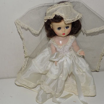 "Cosmopolitan Ginger Bride Walker 8"" Wedding Doll"