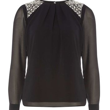 **Billie & Blossom Black Trim Blouse | Dorothyperkins