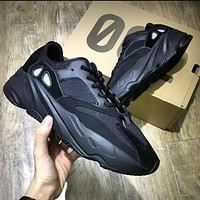 ADIDAS YEEZY BOOST 700 New fashion retro couple running casual sport shoes Black