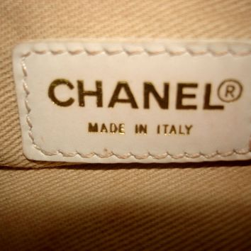 AUT CHANEL CC Logo Clutch Purse Bag Pouch Mustard Canvas White Leather Italy