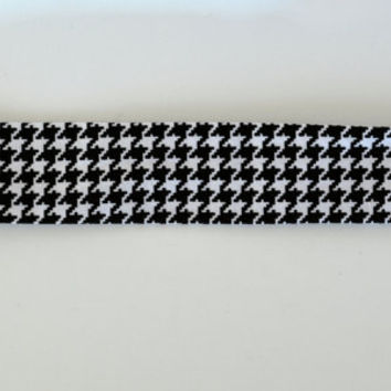 Black and white houndstooth pattern cotton fabric headband, no slip adult women's elastic yoga headband, sports workout headband