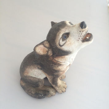 Grey Wolf Pup Lenox Smithsonian Endangered Animal Species Figurine