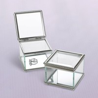 Vintage Glass Ring Box 3 1/4in x 2 1/2in | Party City