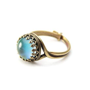 Right On Mood Ring Antique Brass with Color Chart