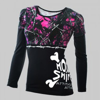 Muddy Girl Barbed Wire Black Long Sleeve