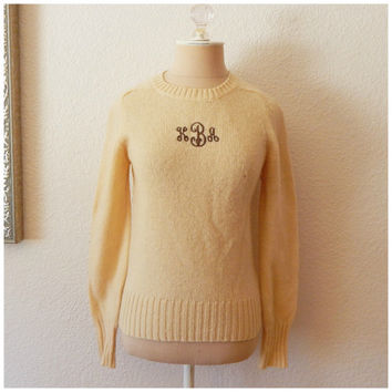 Vintage 80s Cream Shetland Wool Monogram Fitted Womens Pullover Sweater Small
