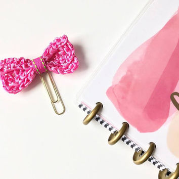 Pink Planner Clip / Planner Clips / Bow Planner Paper Clip / Pink Bow Clip / Gold Paper clip for planner / Charm / Planner accessories