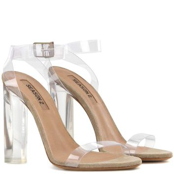 Transparent sandals (Season 2)