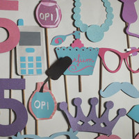 Photo booth props:  LITTLE MISS DIVA