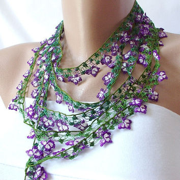 Violet DREAM Violet white and green Lace flower Necklace by Periay