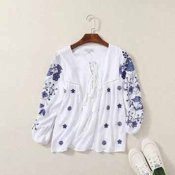 VONG2W 2016 autumn Women's new long-sleeved white shirt embroidered blouses