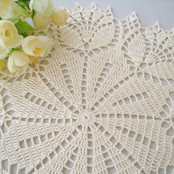 Crochet Doily Cream Tulip Flower Lace Tablecloth Table Centerpiece Light Yellow Shabby Chic Home Decor Unique Gift
