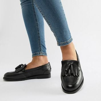 ASOS DESIGN Maxwell Wide Fit leather loafers at asos.com