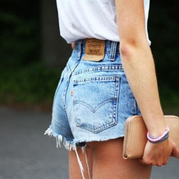 66d623004e7 VINTAGE LEVI S SHORTS denim high waisted hotpants vtg cut off wo. summer ...