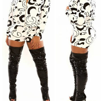Printed Long Sleeve Zip Top Shorts Set
