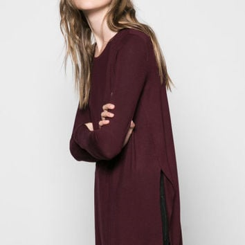 Burgundy High Low Hip-length T-shirt