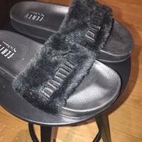 ONETOW Fenty X Puma Fur Slides BLACK 100% Authentic