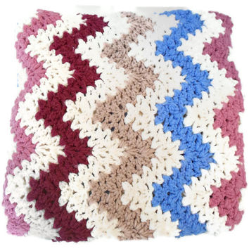 Vintage Afghan Chevron Quilt Blanket by TheRetroStudio on Etsy
