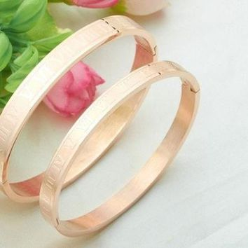 VONL8T (1 Pair)New Fashion Jewelry Roman Numerals Rose Gold Plated Stainless Steel Couples/Womens/Mens Cuff Bracelets Bangles Wristband Best Gift for Lover!