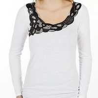 Daytrip Ruched Side Top - Women's Shirts/Tops | Buckle