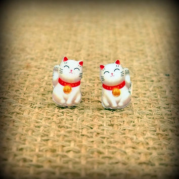 Cat Earrings - Lucky Cat - Chinese Cat - White Cat Earrings - Lucky Cat - Cat Studs - Cat Lover - Cat Fan - Feline Lover - Shrink Plastic