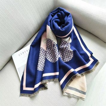 Perfect LV Supreme Women and Men Fashion Accessories Sunscreen Cape Scarves Silk Scarf LV shawl q_1689347108