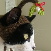 Under the Mistletoe Christmas Cat Hat by scooterKnits on Etsy