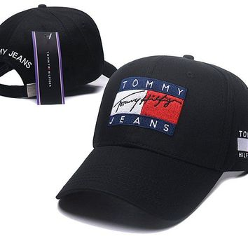 TOMMY JEANS Stylish Golf Baseball Cap Hat
