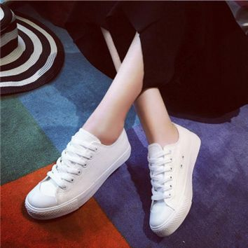 Summer canvas student women laces shoes fashion Women sneaker walk Comfortable white shoes
