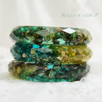 Set faceted bracelet,  Resin bracelet, Bangle gold flakes, Resin bangle, faceted bracelet, bracelet green resin, gold flakes, glitter