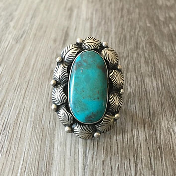 Vintage Large Oval Blue Turquoise ring in 925 sterling silver with feather halo, size 5.5 (ring sizing available)