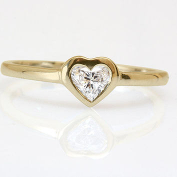 Heart Shape Diamond Solitaire Unique Engagement Ring Yellow Gold Yellow Gold HANDMADE Silly Shiny Diamonds