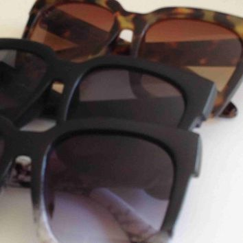 Far Out Oversized Sunglasses - Marble