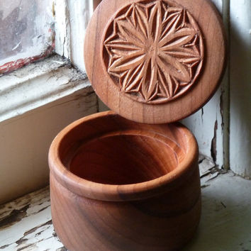 Cherry Wood Box Hand Carved 12 Sided Floral Rosette