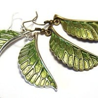 Fresh Spring Fashion, Green Leaves - Simple Stylish Elegant Modern Nature Jewelry - Bronze or Silver Earrings - tagt