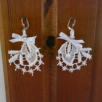 Victorian Lace Earrings - White  - Bridal Earrings - Bridesmaid gift