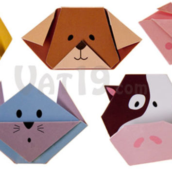 Magnetic Origami Animal Bookmarks: Folded-paper bookmark with magnetic clasp.